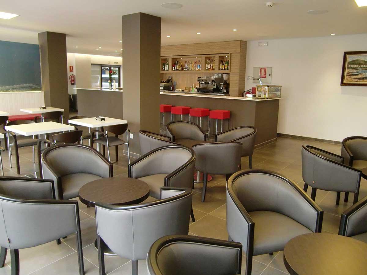 Servicios: En el Hotel Petit Palau disponemos de servicio de bar
