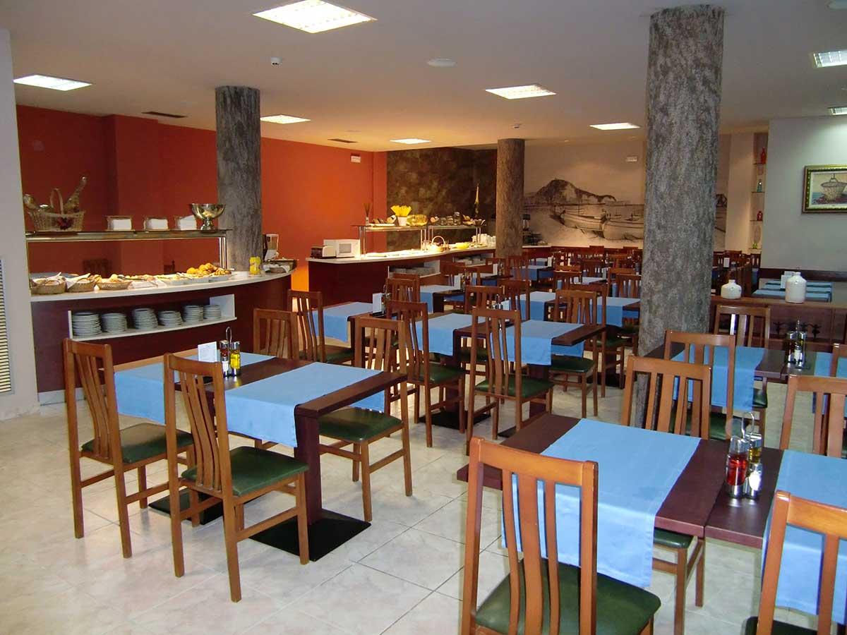 En el Hotel Petit Palau disponemos de servicio de restaurante