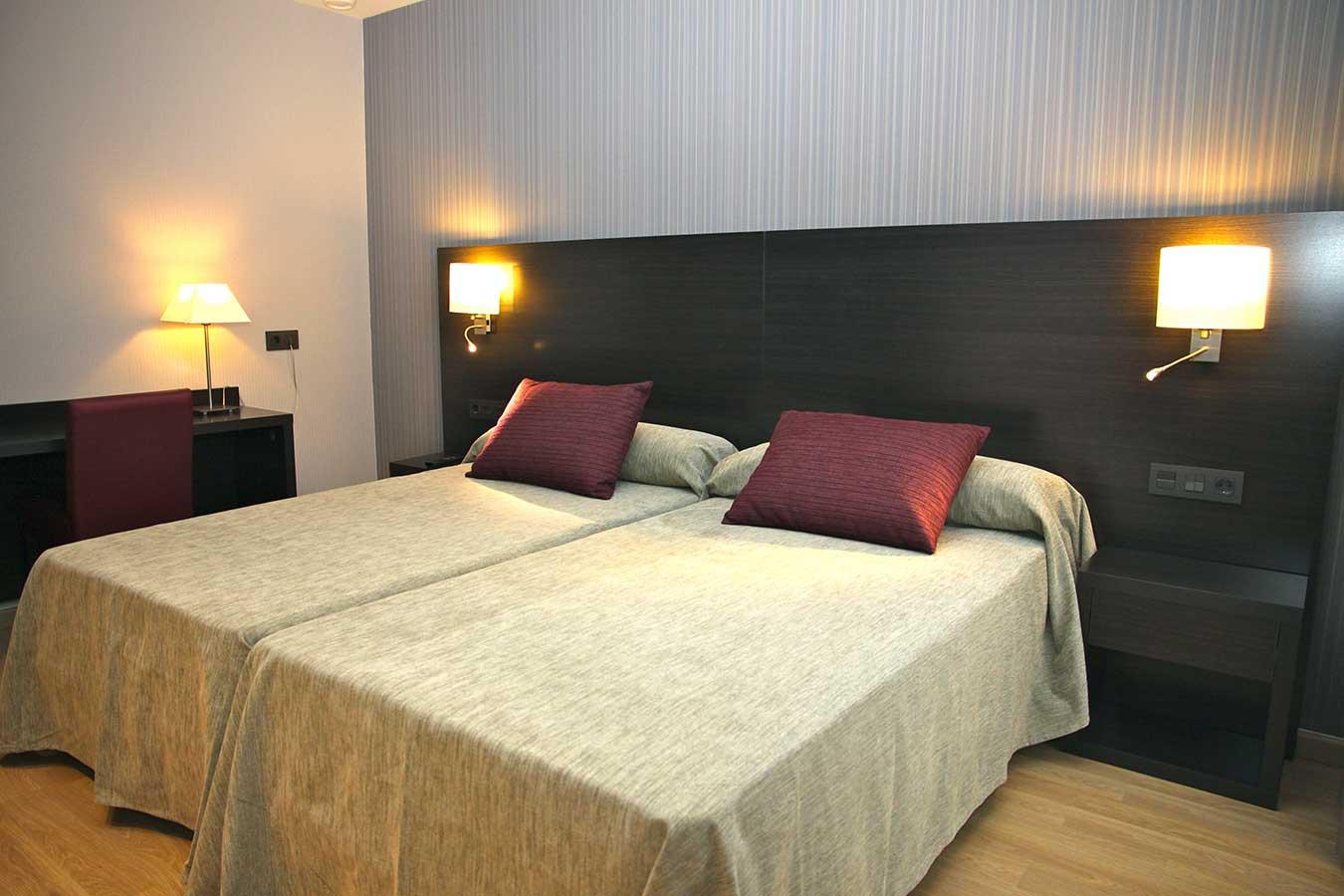 Habitación Doble Confort para 2 personas con 2 camas de 200 x 105 cm